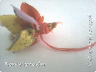 Сегодня я расскажу, как сделать очень простые, но эффектные цветы для заколок и других украшений.  фото 8