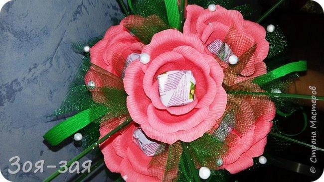 Этими бутылочками с горячительными напитками мы поздравляли наших музчин с 23 февраля.)))Внутри цветочка-конфетка(закусь))))) фото 23