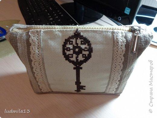 Здравствуй, Страна!!!! Сшила свою первую сумку с вышивкой)))) фото 6