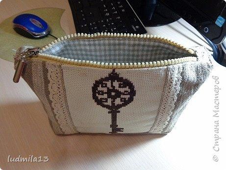 Здравствуй, Страна!!!! Сшила свою первую сумку с вышивкой)))) фото 7