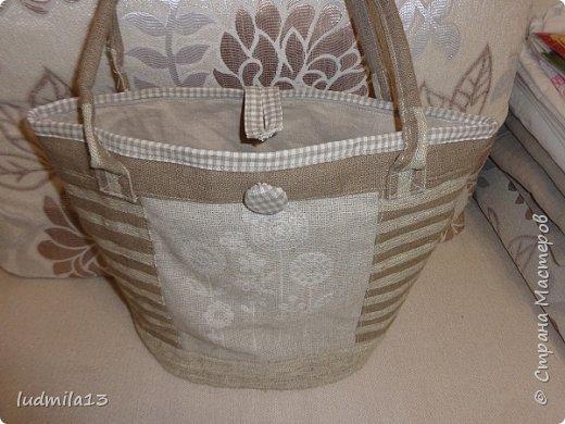 Здравствуй, Страна!!!! Сшила свою первую сумку с вышивкой)))) фото 2