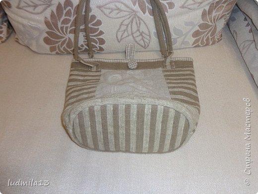Здравствуй, Страна!!!! Сшила свою первую сумку с вышивкой)))) фото 4