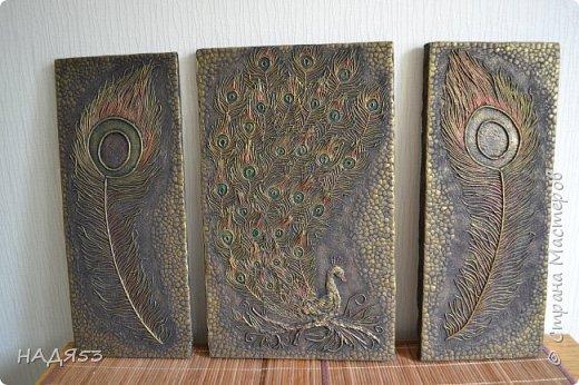Картина панно рисунок Мастер-класс Аппликация из скрученных жгутиков Мой любимый пейп-арт панно  ПАВЛИН  Клей Краска Салфетки фото 2