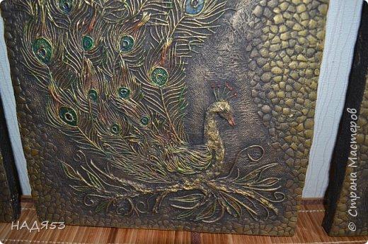 Картина панно рисунок Мастер-класс Аппликация из скрученных жгутиков Мой любимый пейп-арт панно  ПАВЛИН  Клей Краска Салфетки фото 5