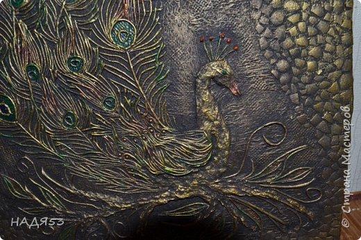 Картина панно рисунок Мастер-класс Аппликация из скрученных жгутиков Мой любимый пейп-арт панно  ПАВЛИН  Клей Краска Салфетки фото 6