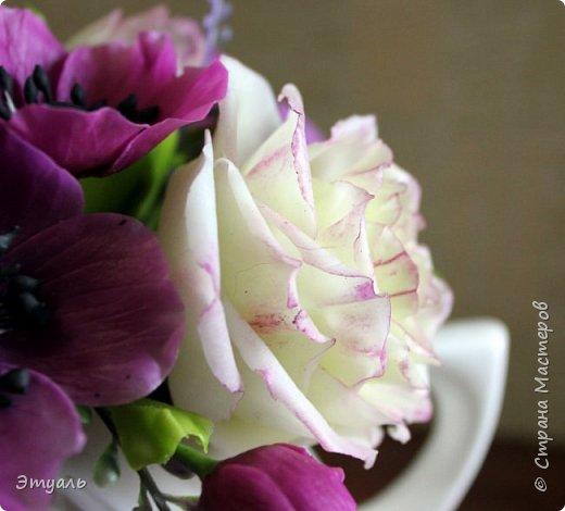 Всем доброго дня! Спешу поделиться с вами своей новой работой. У меня прям какая то страсть к розам,  что бы я не делала, всё время думаю о них. Случайно мне попался на глаза каталог с розами, я даже представить себе не могла, что их такое разнообразие. И все такие безумно красивые!!! Уже представляю какой будет следущая роза))) Фоток много, так что желаю приятного просмотра!!! фото 9