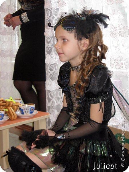 """Здравствуйте, уважаемые гости! Сегодня хочу показать Вам очередные мои костюмы на утренник для моей младшей доченьки шестилетней Катюши и ее друга Владика. Как Вы уже поняли - эта парочка - персонажи сказки """"Муха-Цокотуха"""" - Муха и Комар. Роли им попались очень символичные - ребят связывает дружба, ну, практически любовь, с самого рождения, а вернее еще до него))) Кстати, Комарик старше Мухи аж на 1 день - вот так бывает))) фото 34"""