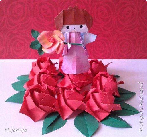 Розы Фукуяма Бумага