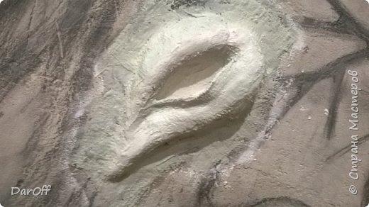 Видео Интерьер Мастер-класс Боже как же долго   - Моя новая кухня - Часть щестая - Объемная картина на стене Павлины в  лесу   фото 9