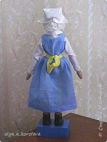 Куклы в национальных шведских костюмах фото 3
