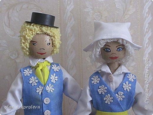 Куклы в национальных шведских костюмах фото 5