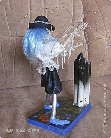 Я ловлю в ладошки капельки дождя фото 3