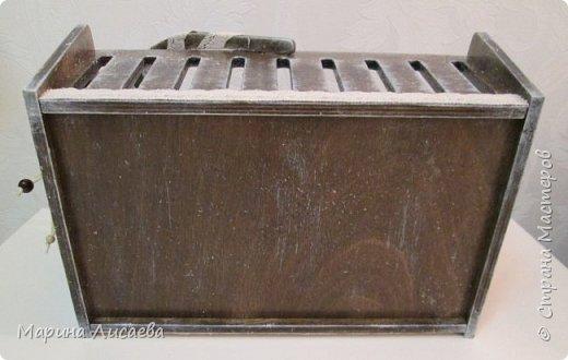 Здравствуйте, мои дорогие жители СМ!  Я сегодня к вам с новыми поделками. Это просто корзинка. Чтобы вам был понятен размер, я положила в нее журнал. фото 6