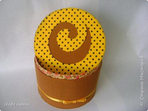 Такая круглая коробочка получилась у меня фото 2