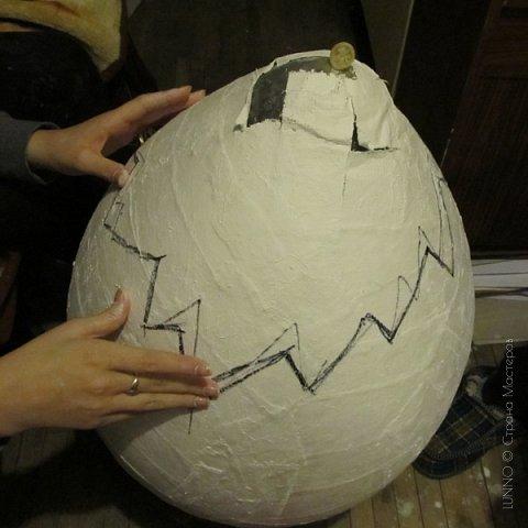 Недавно я получила необычный заказ для пасхального фото-проекта. Нужно было сделать огромное яйцо, да чтобы туда помещался ребенок! О выбранном пути и трудностях на нем, читайте ниже :)  фото 5
