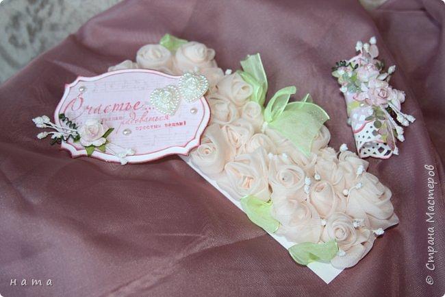 На свадьбу сотворился комплектик: Магнит на холодильник Коробочка с подложкой из роз Открыточка в коробочке футляр для денежки фото 4