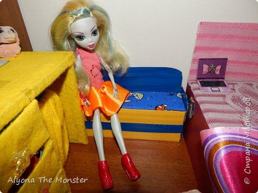 Привет. Сегодня я покажу вам комнату Рошели и Лагуны. фото 10