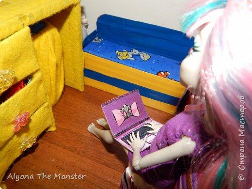 Привет. Сегодня я покажу вам комнату Рошели и Лагуны. фото 15