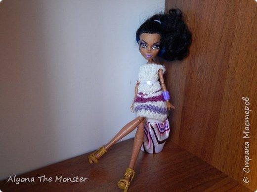 Всем привет. Сегодня я расскажу, как сделать пуфик для кукол. фото 1
