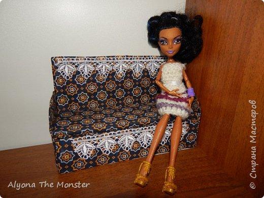 Всем привет. На этот раз я хотела бы показать вам мою коллекцию самодельных кукольных диванчиков. фото 1