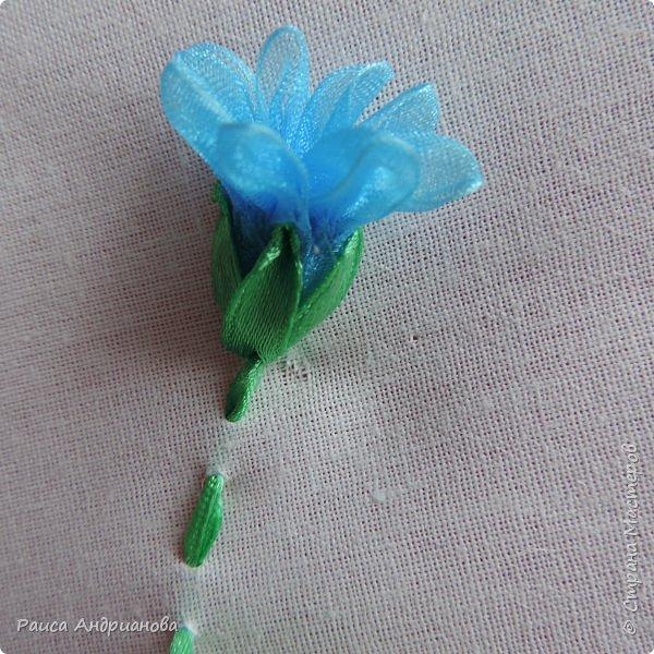 Для работы понадобится органза( я взяла шириной 2см т.к. делаю маленькие цветы), атласная лента 0,5см, нитки в тон органзы. фото 9