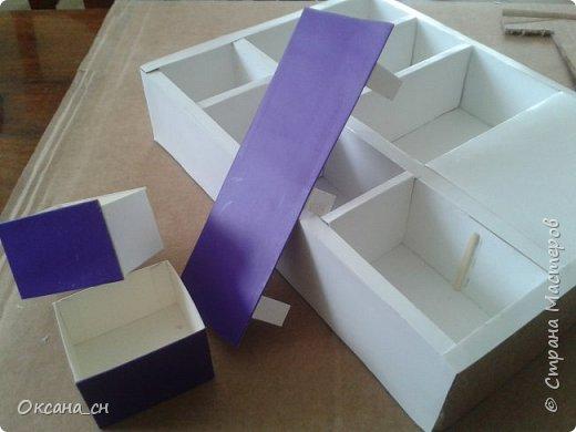 Здравствуйте, жители Страны Мастеров! По вашей просьбе постараюсь выложить МК создания мебели. Как видите, я немножко её приукрасила, добавив горшки с цветами и книги.   фото 26