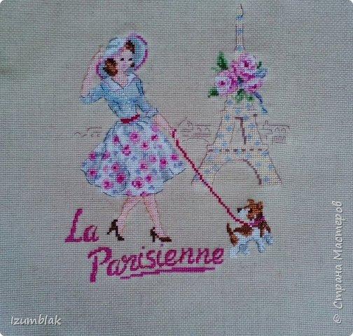 """Вышивка крестом """"Парижанка"""" от Парижских вышивальщиц (Les Brodeuses Parisiennes). 19 цветов, нитки ДМС по ключу,  канва 14 каунта из небеленого льна.  фото 1"""