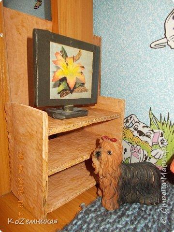 """Вся мебель загадывалась немного другой, но что-то не так пошло, и долгое время лежали вещицы недоделанными. Потом все-таки кое-как закончила, не как хотела. Как говорится, """"сделать хотел утюг..."""" Кухонные диваны и стол. фото 3"""