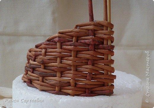 Мастер-класс Плетение Мини МК по плетению Ушастой корзины  Трубочки бумажные фото 12