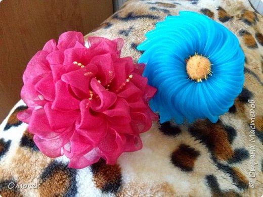 Цветочки для дочки из капроновых лент :) фото 1