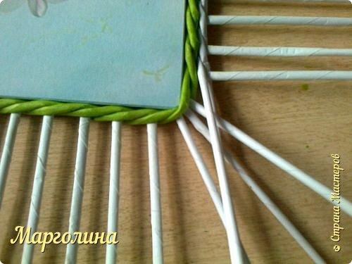 Мастер-класс Поделка изделие Плетение Небольшой МК прямоугольной крышки Как ее делаю я Бумага Бумага газетная Трубочки бумажные фото 4