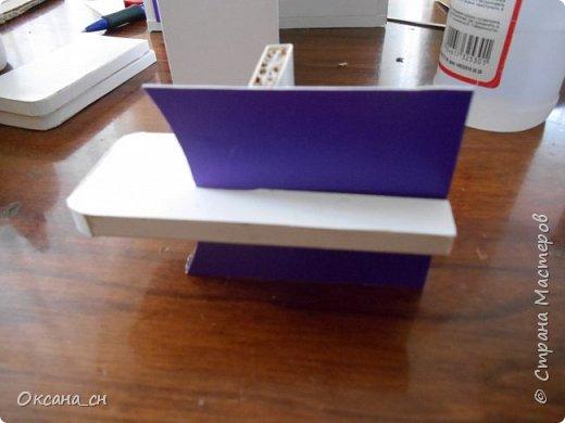 Здравствуйте, жители Страны Мастеров! По вашей просьбе постараюсь выложить МК создания мебели. Как видите, я немножко её приукрасила, добавив горшки с цветами и книги.   фото 37