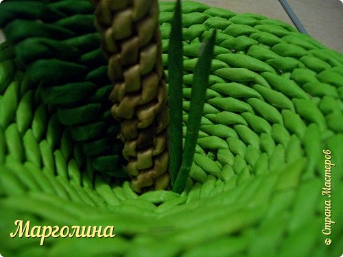 Мастер-класс Поделка изделие Плетение Как я плету крышечку для шкатулки Яблоко Небольшой МК Бумага Бумага газетная Трубочки бумажные фото 19