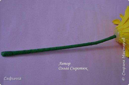 Приветик Всем, мои дорогие ...И снова с Вами, я Ольга Сыротюк...Решила создать продолжение Мк по гербере... Итак, по просьбам моих читательниц, сегодня мы с Вами будем делать стебель с листвой для герберы... В данном Мк вы узнаете... 1.Один из способов ..формирования  стебля.... 2.Научитесь Правильно обрабатывать листья.... 3.Тонировать... 4.Узнаете подробности сборки стебля с листвой герберы... 5.Выкройки шаблонов листа и подклейки прилагаются... И так, вдохновились? Есть желание по творить? Предлагаю присоединится.....  фото 32
