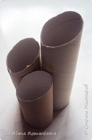"""Здравствуйте! Представляю вам, свою новую работу карандашницу """" Сова"""". Карандашница высотой 28см., сделана в технике папье-маше, в работе использовала пенопласт толщиной 6 см., картонные трубочки от бумажных полотенец и акриловые краски. фото 5"""