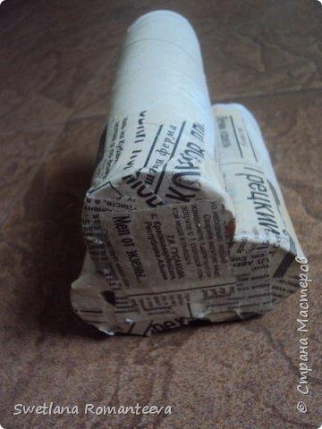 """Здравствуйте! Представляю вам, свою новую работу карандашницу """" Сова"""". Карандашница высотой 28см., сделана в технике папье-маше, в работе использовала пенопласт толщиной 6 см., картонные трубочки от бумажных полотенец и акриловые краски. фото 7"""