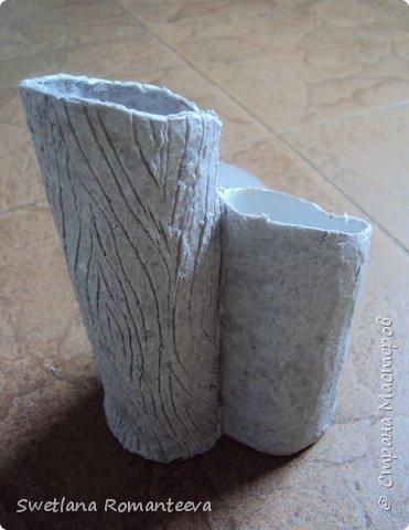 """Здравствуйте! Представляю вам, свою новую работу карандашницу """" Сова"""". Карандашница высотой 28см., сделана в технике папье-маше, в работе использовала пенопласт толщиной 6 см., картонные трубочки от бумажных полотенец и акриловые краски. фото 8"""