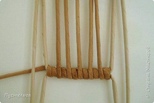 Кукольная жизнь Мастер-класс Плетение Стульчик Трубочки бумажные фото 5