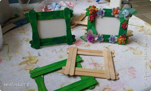 Вот такую рамку  для фотографий мы сделали  с малышами для их мам фото 8