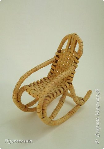 Кукольная жизнь Плетение Кресло-качалка Трубочки бумажные фото 1