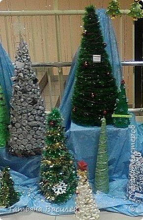 Конкурс на лучшую Ёлку - гигант. Родители нашего детского сада потрудились на славу! Полюбуйтесь на эту Красоту!!!  фото 8