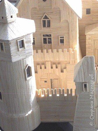 Грузинская церковь -  Дманисский Сиони (VI-VII в.), собор в честь Успения Пресвятой Богородицы на территории древнего городища Дманиси близ с. Патара-Дманиси.  Размер постройки впечатляет: 23х11,5 м. Здесь похоронен грузинский царь Вахтанг III (1298/1302-1308). В XVII в. в портике был похоронен Дманисский епископ Павел. фото 59