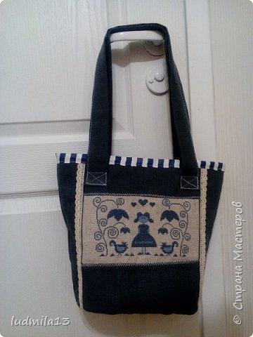 Здравствуйте! Еще одна летняя  сумка с вышивкой.