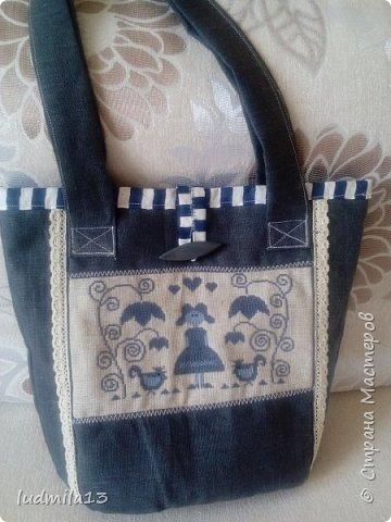 Здравствуйте! Еще одна летняя  сумка с вышивкой.  фото 4