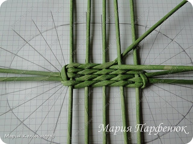 Мастер-класс Поделка изделие Плетение Овальное дно мастер класс Бумага газетная Трубочки бумажные фото 21