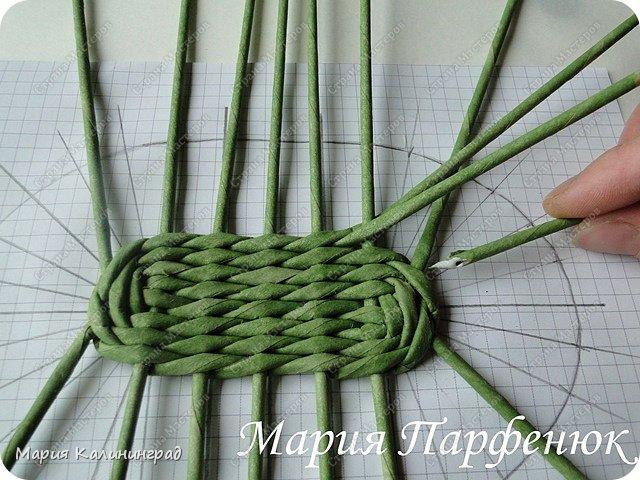 Мастер-класс Поделка изделие Плетение Овальное дно мастер класс Бумага газетная Трубочки бумажные фото 26