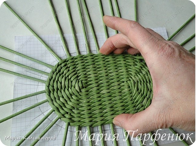 Мастер-класс Поделка изделие Плетение Овальное дно мастер класс Бумага газетная Трубочки бумажные фото 39