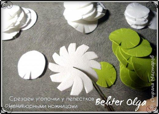 Мастер-класс Моделирование конструирование МК Броши Белый клевер из фоамирана Фоамиран фом фото 6