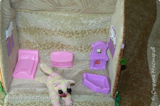 Попросила младшая дочка сделать домик для котёнка Мурзика...Вот сегодня, в дождливый день, мы этим и занялись. фото 5