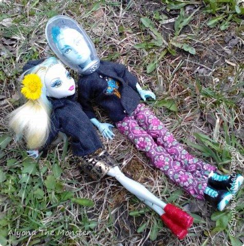 Всем привет! Ещё весной я с Лагуной и Гилом устроила весеннюю фотосессию. Здесь они стоят около дерева. фото 4